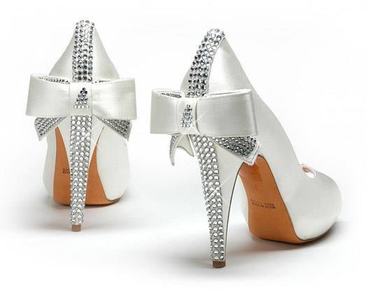 Бляскави сватбени обувки сватбена агенция Инанна