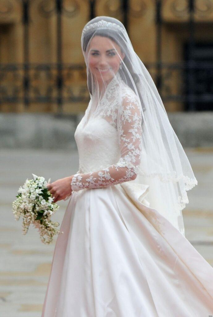 Сватбената рокля на Кейт Мидълтън сватбена агенция Инанна